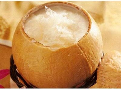 Thay đổi khẩu vị với yến sào chưng nước cốt dừa.